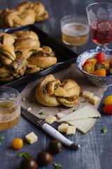 IMG_5980_exp (Helena / Rico sin Azcar) Tags: cheese bread queso basil pan pesto brioche albahaca