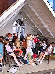 Selebrating Yuta's birthday🎵 :D (cute-little-dolls) Tags: birthday friends cute toy kiss doll balloon birthdayparty kawaii birthdaygift dollhouse minifigure sekiguchi firstkiss yuta sonnyangel petworks azonedoll ruruko smiski