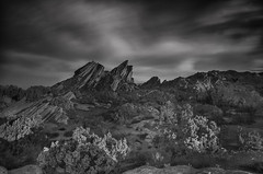 Vasquez 66 (RichGreenePhotography.com) Tags: california sky blackandwhite white black nature monochrome clouds sunrise dawn rocks socal geology rockformations 1610 aguadulce vasquezrocks movielocation highway14 vasquezrocksstatepark richgreenephotographycom