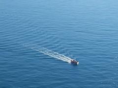0683 - Barca (Diego Rosato) Tags: sea italy boat barca italia mare fuji path gimp gaeta x30 scia