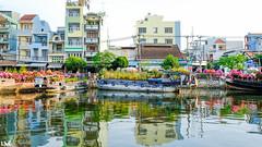 Bn Bnh ng chiu 26 Tt [04-02-2016] (Krystz) Tags: chinatown streetphotography streetlife vietnam fujifilm saigon cholon ldk 23mm xt10 binhdong xphotographers benbinhdong quan8 feb2016 ledangkhoa 26tet fujifilmxt10 trenbenduoithuyen binhthan