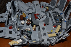 white paper cup..... (Okihana) Tags: mod millenium falcon modification iv episode legostarwars