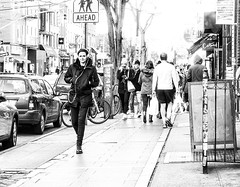 AHEAD (Paco CT) Tags: street people blackandwhite bw usa ny newyork calle place gente outdoor candid escenario unitedstatesofamerica streetphotography scene bn scenary technique candidshot candidphotography 2016 callejera robado fotografiacallejera pacoct
