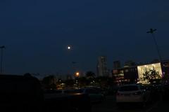 Em So Paulo, as cores do anoitecer.. (quanaval_sp) Tags: light moon night sopaulo noflash sp noturna lua noite ibirapuera alesp assembleialegislativa
