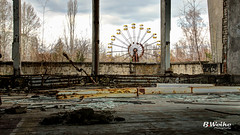 Pripyat Ferris Wheel (B. Weihe Photography) Tags: b wheel canon lost photography eos place ngc nuclear ferris ukraine april benjamin tours gym tamron ghostly turnhalle hx hdr thx chernobyl 2016 reaktor weihe tschernobyl chornobyl 700d prypjat