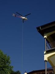 DSC00076 () Tags: risiko lrm helikopter orselina lebensqualitt leerstand kernsanierung fluglrm transportflug hbzmt