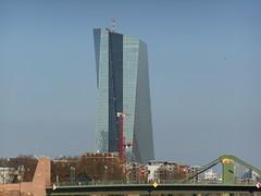 DSCN3581 (Professor Besserwisser) Tags: am european frankfurt main central banco bürogebäude bank residence residencia ffm ezb zentralbank europeo europäische büroturm