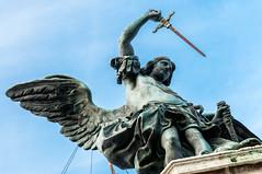 Engel mit Schwert kndigt Ende der Pest an (wuestenigel) Tags: italien italy rome roma it engel rom pest lazio schwert scheide