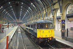 Kings Cross Sleeper (96tommy) Tags: uk blue roof england west london clock station electric night train photography coast photo king cross britain united main great transport first rail railway kingdom loco scotrail class line scot transportation gb locomotive eats 86 rare sleeper livery mainline serco 86401 claedonian kinhgs