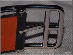 _83_HERMES Belt CAPE COD 32_LOGO () Tags: leica paris france macro leather silver logo four belt top olympus apo r e third cape wen wesley 100 28 ho dslr trademark cod buckle hermes 32 palladium herms ame 520 chen genuine  ceinture  r100   howen   e520      chenhowen wesleychen       capecod32
