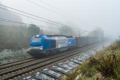 Papelero Saica (evarujo) Tags: barcelona train tren railway canonef2470mmf28lusm adif cantunis vossloh comsa saica canoneos7d elespartal 335003 laltpenedèscataluñaespaña fognieblalaltpenedèscataluñaespañaes