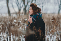 *** (laertyd) Tags: winter portrait snow cold nature girl canon naturallight lonelyness 135l