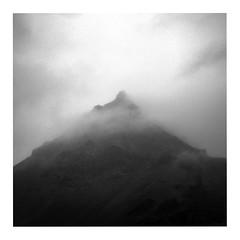 Snfellsjkull (ngbrx) Tags: mountain berg westisland clouds island volcano iceland wolken snfellsjkull snfellsnes vulkan snfell faxafli halbinsel breiafjrur vesturland snfellsbr stratovulkan snjfell