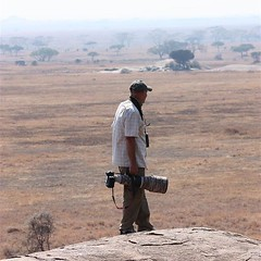 You can always spot the professional photographers a mile away. I mean, just look at the size of his lens! :) #safari #Tanzania #Africa #Serengeti #nofilter #photoglife #photographer