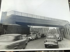 (Sam Tait) Tags: bridge ford thames vw volkswagen beetle rail railway morris van minor anglia moggy 105e