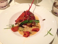 Demi-homard rti dans sa carapace Tendance Hiver 2016 (Roasted half lobster in its shell Winter Trend 2016) (Creusaz) Tags: shell half lobster demi roasted homard carapace rti
