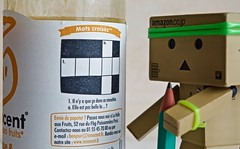 crosswords  (Damien Saint-) Tags: food toy amazon vinyl snacks yotsuba danbo innocentsmoothie revoltech danboard