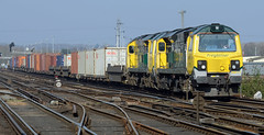 Big Power (pete.callaway) Tags: eastleigh freightliner containertrain 70017 class70 freightlinerpowerhaul