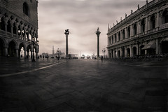 Before the first Espresso... (DK-PictureBox) Tags: morning sunset bw piazza venedig sanmarco