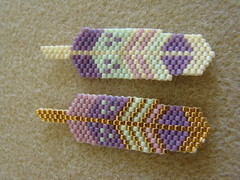 Feathers (Lea et le chat Malo) Tags: beads miyuki beading delicas