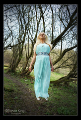 Ascention (Trev K1) Tags: blue tree green zeiss outside spring jump model dress alicia sony jena carl blonde oxfordshire 135mm a7ii conder