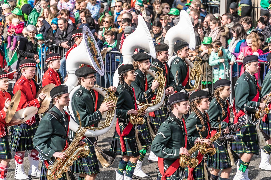 SHORECREST HIGH SCHOOL [ST. PATRICK'S PARADE IN DUBLIN 2016]-112279