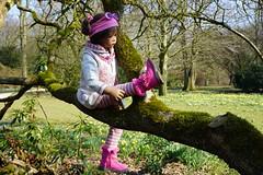 Milina ... (Kindergartenkinder) Tags: park person dolls sony kind schloss landschaft baum annette frhling milina herten himstedt kindergartenkinder