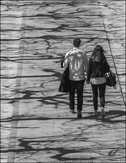 A travers l'ombre et la lumire (chando*) Tags: brussels people woman man monochrome blackwhite couple shadows noiretblanc femme streetphotography bruxelles homme gens ombres montdesarts