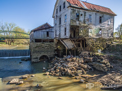 Falls of Rough - (AP Imagery) Tags: usa mill abandoned dam decay kentucky aerial falls historic grayson breckinridge collapsed greenfarm dji p3p roughriver fallsofrough