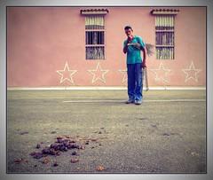 overtime work...;-) (kurtwolf303) Tags: city man person 500v20f cuba streetphotography stadt worker caribbean mann 800views kuba omd digitalphotography arbeiter karibik 750views 250v10f systemcamera unlimitedphotos sandiegodelosbaos strasenfotografie micro43 microfourthirds olympusem5 kurtwolf303