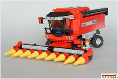 TUR Combine-Harvester (Smigol_) Tags: new tractor holland cat john corn lego farm grain case caterpillar combine ferguson deere harvester massey moc deutz fendt claas bizon smigol kombajn zbudujmyto