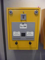 DDR Briefmarken Automat (Corno3) Tags: berlin de deutschland post ddr automat briefmarken