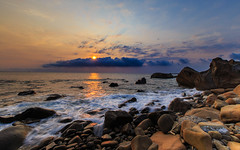 (sic Chiu) Tags: sunset taiwan     6d       ef1635mm   456k