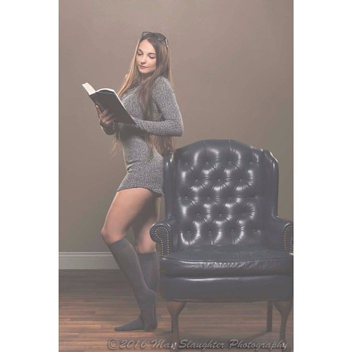 Just a lazy day around the house reading for lovely Leah who came from Springfield to shoot with me. #brunette #beauty #beautiful #fabulous #sweater #nakedlegs #socks #stunning #longhair #studio #nikon #d800