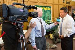 Hwang 2016-04-26 Beardsley Zoo Day at the Capitol (2 of 9) (srophotos) Tags: snake alligator capitol westport newtown fairfield easton weston hwang beardsleyzoo statesenatortonyhwang