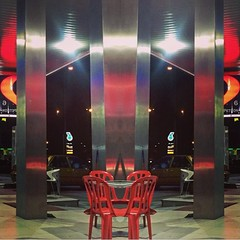 Red chairs #kualalumpur #malaysia #colors #lights #night #nightshot #nightlights #symmetrical (ragolf  ) Tags: square squareformat mayfair iphoneography instagramapp uploaded:by=instagram