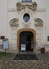 Praha, HR, p. 132 (ladabar) Tags: prague prag praha portal portl pragdetail