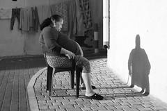 Siesta en Villa Joiosa (zane) Tags: street woman spain siesta