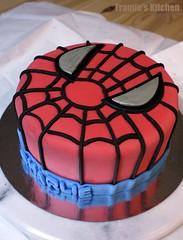 Spiderman birthday cake (Tramie's Kitchen) Tags: cake spiderman fondant
