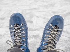Pattini (Mauro_Amoroso) Tags: winter cold ice details pattini gressoney gressoneysaintjean