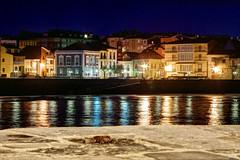 Luanco, Asturias (ccc.39) Tags: costa noche mar calle edificios pueblo asturias luanco gozon colores nocturna reflejos cantabrico