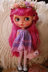DSC_0072 (2) (Lindy Dolldreams) Tags: pink girl rose doll dress crochet blythedoll rosezie noraooakcustomblythe