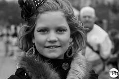 Young girl (Frankhuizen Photography) Tags: street carnival portrait netherlands girl photography fotografie young portret optocht meisje limburg jong straat 2016 weert vastenavond femilieoptocht vrkuskp