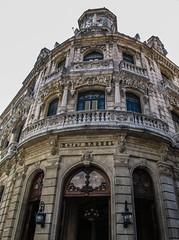 "La Havane: un hôtel <a style=""margin-left:10px; font-size:0.8em;"" href=""http://www.flickr.com/photos/127723101@N04/24799584403/"" target=""_blank"">@flickr</a>"