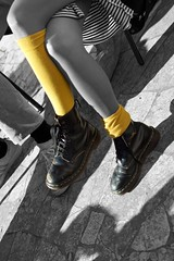 Sunny Day... (Bretello) Tags: blackandwhite bw woman white black girl yellow socks donna pretty legs boots skirt giallo gonna scarpe ragazza gambe calze selectivecolor stivaletti afsdxnikkor35mmf18g