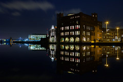 Droste (zsnajorrah) Tags: longexposure sky urban reflection water netherlands spaarne architecture night clouds plane river airplane restaurant boat explore transportation stillwater droste windless ef2470mmf4l 7dmarkii chocoase drostebuurt sportheldenbuurt