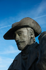Monumento al Caminante - Astorga (dnieper) Tags: espaa spain len astorga monumentoalcaminante