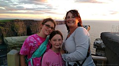 Atop O'Brien's Tower at the Cliffs of Moher as the sun sets (iatraveler) Tags: ireland cliffsofmoher atlanticocean countyclare wildatlanticway