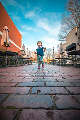 Isabel at Marietta Square (crashmattb) Tags: girl georgia march spring toddler daughter wideangle marietta springtime 2016 mariettasquare canon70d isabelrose canonefs1018mmf4556isstm