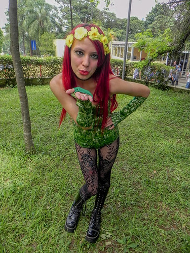 ressaca-friends-2015-especial-cosplay-14.jpg